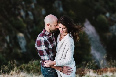 ENGAGEMENT SESSION IN THE MOUNTAINS – FRANCE