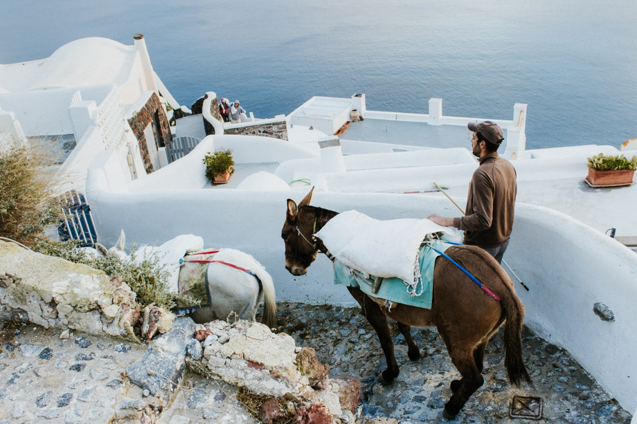 travel_photographer_wanderlust_santorini_istanbul_thailand_chiangmai_pai_bangkok_destination_wedding_photographer-13